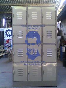 Comprar Locker de 12 Compartimientos