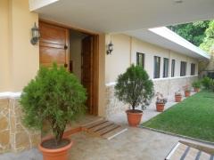 Comprar V01-000314 - Casa En Res. La Montaña Ii - $680k - (1 Nivel, Moderna Y Funcional), Merliot