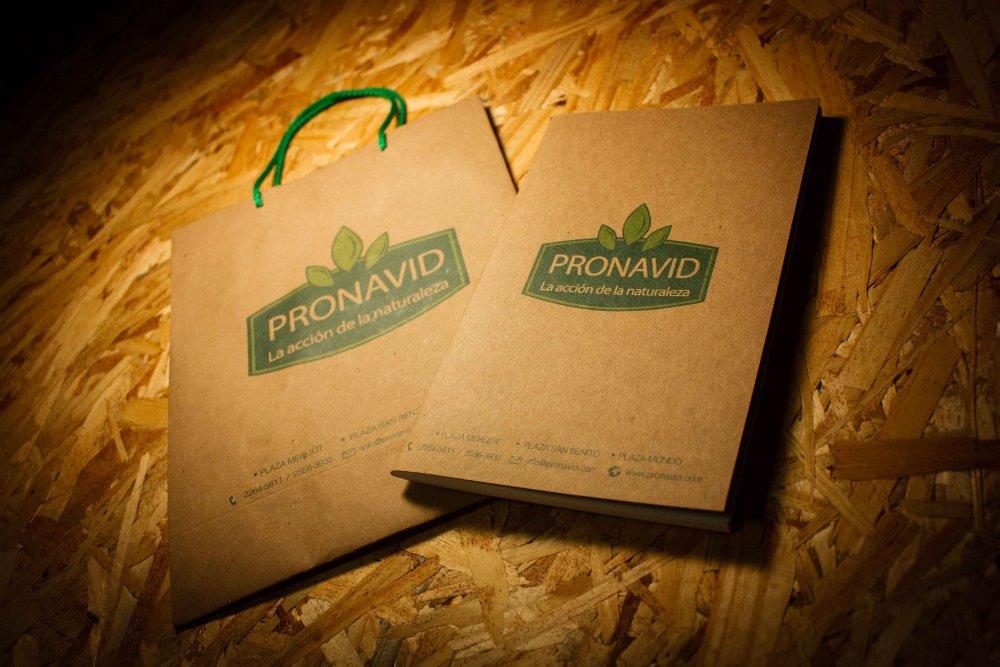 Comprar Bolsas de papel , cuadernos #Corporativo