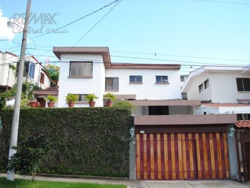 Comprar Casa grande con vista en residencial loma linda