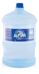 Agua envasada de fuente natural. Envase no