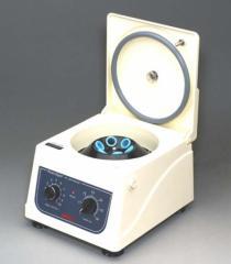 Centrifuga de mesa C818