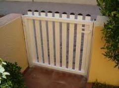 Puerta Jardín