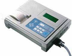 Electrocardiógrafo   Marca: Hillmed
