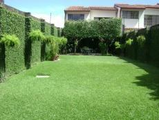 V01-000239 - Casa -$310k (Con Precioso Jardín),