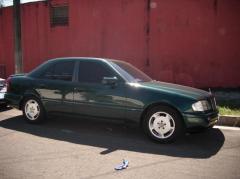 Automovil Mercedes Benz año 1996