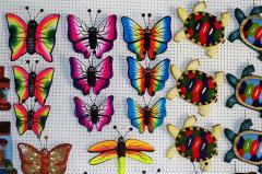 Tríos de mariposas y tortugas