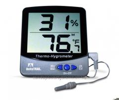 Thermometers recorders