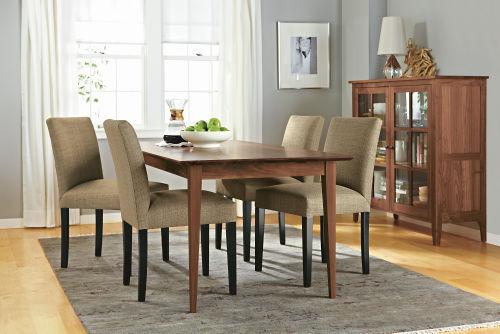 Pedido Reparación y Restauración de todo tipo de muebles, alfombrasy cortinas